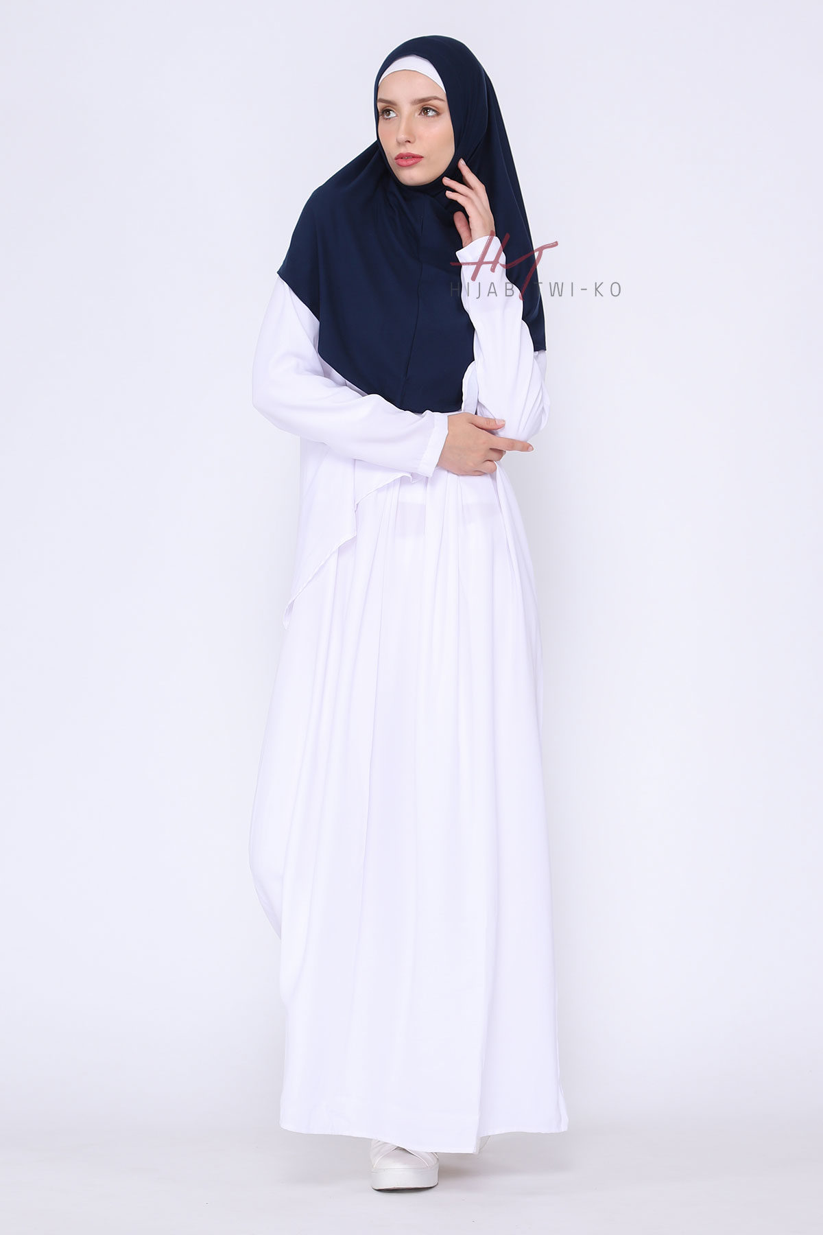 Nihaya-Navy-3