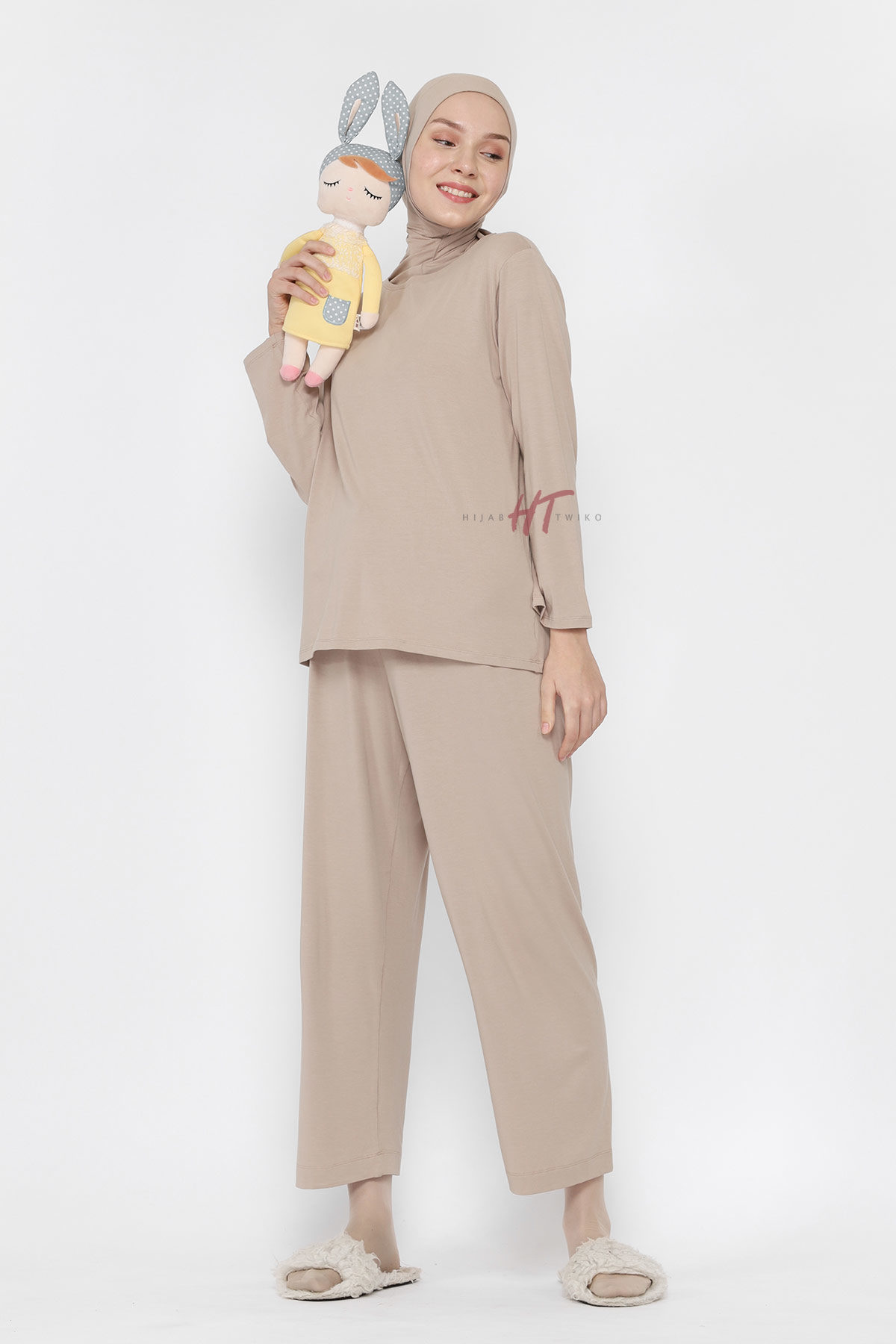 Top-Taupe-Full